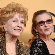 Watch HBO's Bright Lights Trailer Starring Carrie Fisher And Debbie Reynolds
