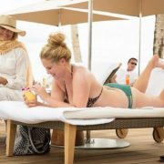 Goldie Hawn Is Back In The Hilarious Trailer For Snatched