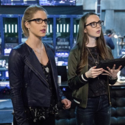 "Arrow Season 5 Episode 18 – ""Disbanded"" Review"