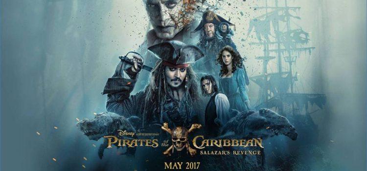 Johnny Depp Surprises Guests At Disneyland As Jack Sparrow