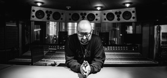 ACCLAIMED COMPOSER AND MUSICIAN SIGNS LONG-TERM WORLDWIDE PUBLISHING DEAL WITH DECCA PUBLISHING