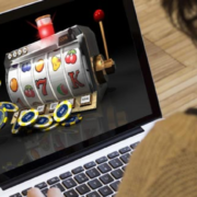 Online Casinos: How is it better than traditional casinos